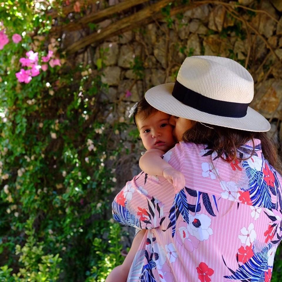 Buse Terim ile ilk kızı Nil
