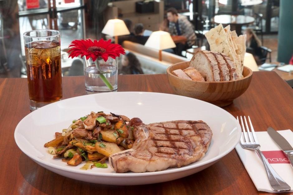 Masa Restaurant, menüsünde tüm ülke mutfaklarının özel lezzetlerine yer veriyor.