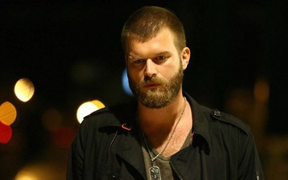 Kıvanç Tatlıtuğ, 'Ezel' dizisinde 'Sekiz' karakterine hayat vermişti.