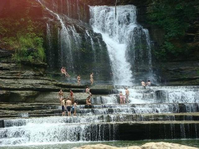 ABD Tennessee - Cummins Falls State Park