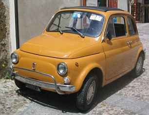 Balkabağı 725 kilogram ile Fiat 500'den bir buçuk kat daha ağır.