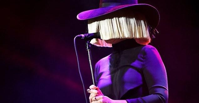 Sia kariyerinin zirvesindeyken İstanbullu müzik severlerle buluşacak...