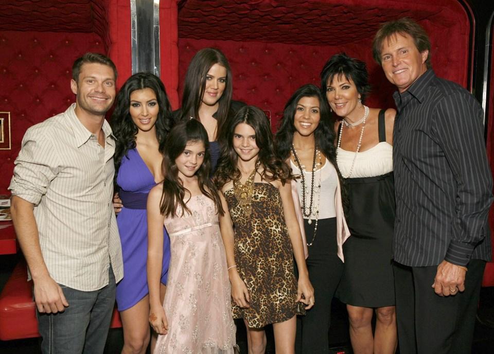 Kylie Jenner, Kylie Jenner kimdir, Kylie Jenner nasıl para kazanıyor, Kylie Jenner'ın kariyeri, Kylie Jenner'ın hayatı, Dünyanın en genç milyarderi Kylie Jenner