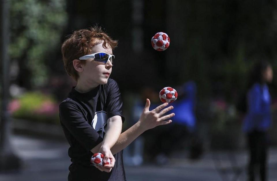 Dünyanın en iyi jonglörleri buluştu