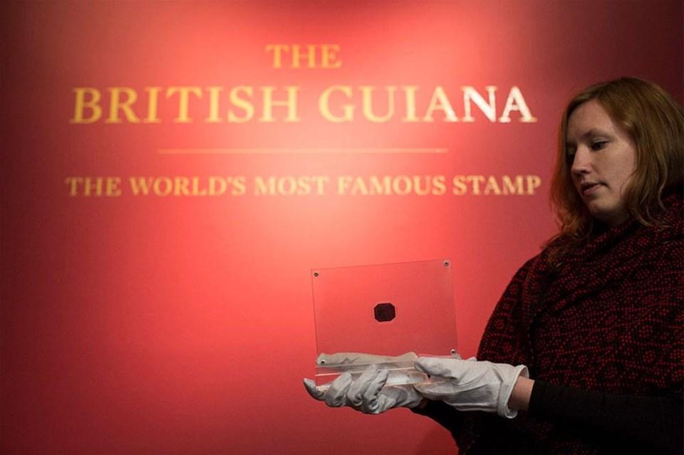 Dünyanın en pahalı pulu satılıyor