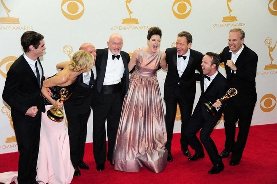 Emmy'de kırmızı halı büyüsü