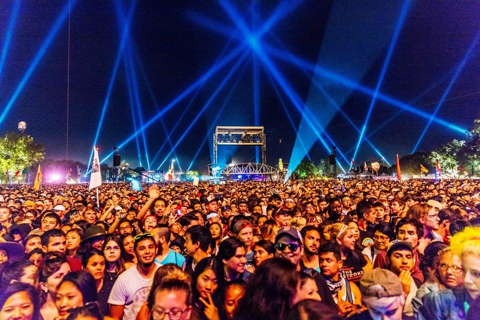Bonnaroo Müzik Festivali Great Stage Park'ta 2.8 kilometrelik bir çiftlikte yapılıyor.