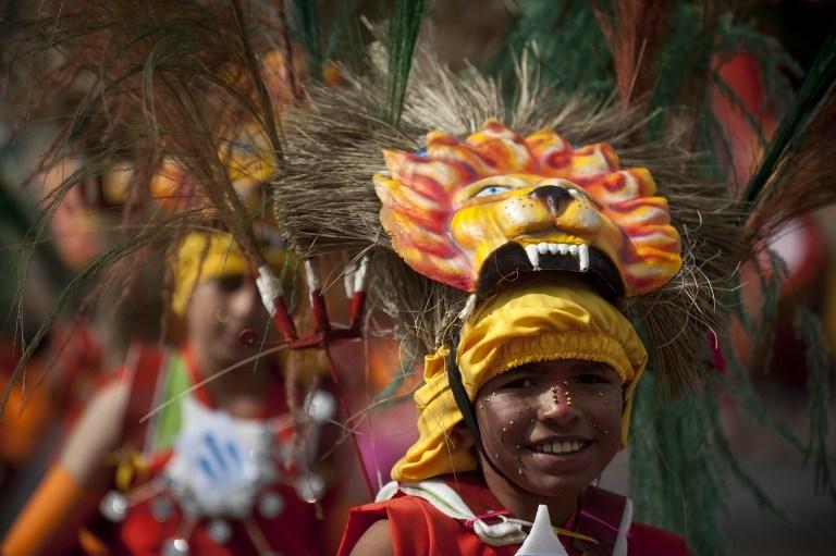 Festival sırası çocukların
