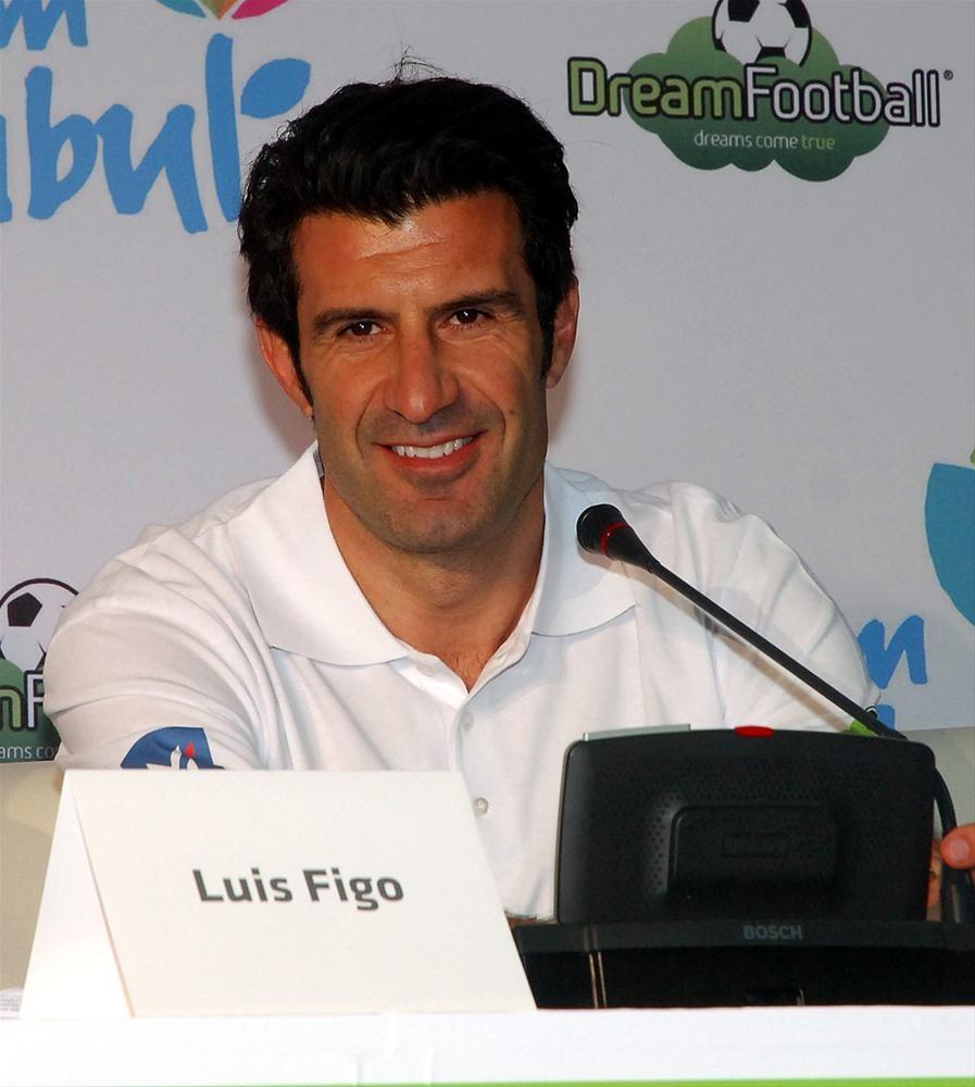 Figo'yla tanıştı, hayali Barcelona
