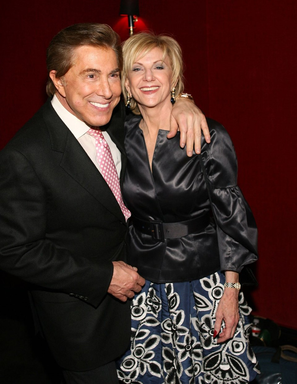 4. Steve ve Elaine Wynn 2010 - 1 milyar dolar