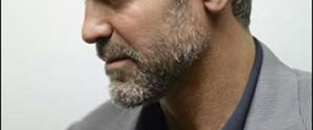 George Clooney, Butto'nun yeğeniyle birlikte