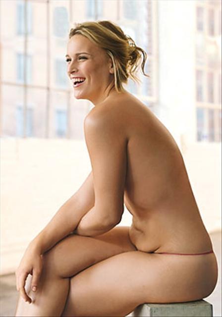 фото голые мамаши пизду показывают