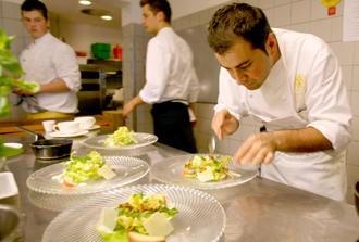 Ali Güngörmüş Michelin yıldızını kazanan ilk ve tek Türk kökenli aşçı