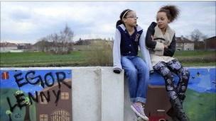 Moesha ve Ebony Glasgow'da yaşayan ikizler
