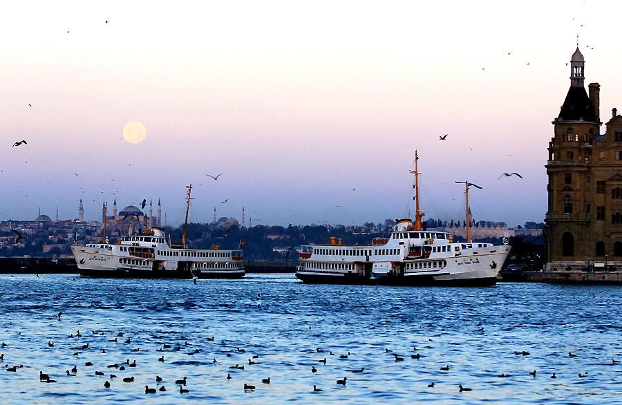 İstanbul'da dolunay