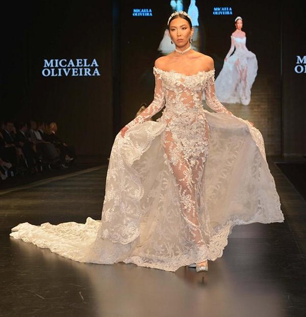 d9cd592d5109f İzmir Büyükşehir Belediyesi ev sahipliğinde İZFAŞ tarafından 7-10 Şubat  tarihlerinde, bu yıl 11'nci kez düzenlenen IF Wedding Fashion İzmir  Gelinlik, ...