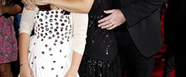 John Travolta yeniden baba oldu