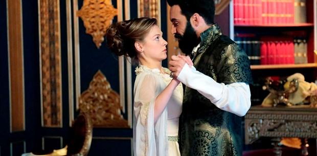 Kalbimin Sultanı dizisi oyuncu kadrosu ve karakter analizleri Kalbimin Sultanı'nda