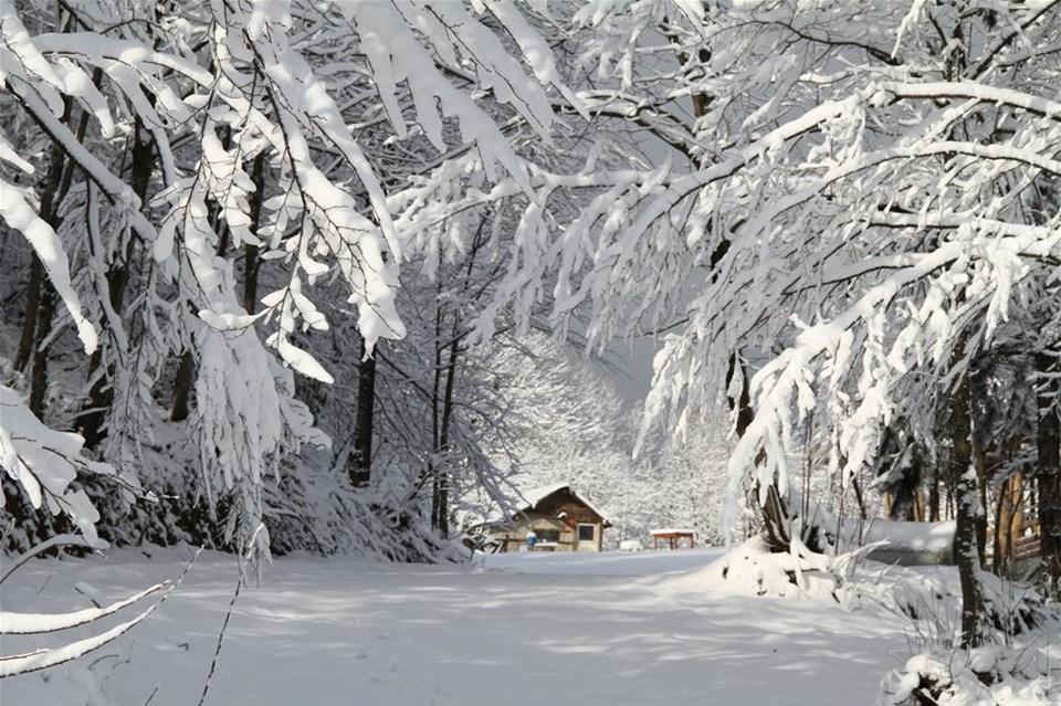 Kar kalınlığı 80 santimetreye ulaştı