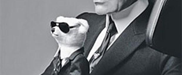 Karl Lagerfeld ve oyuncağı