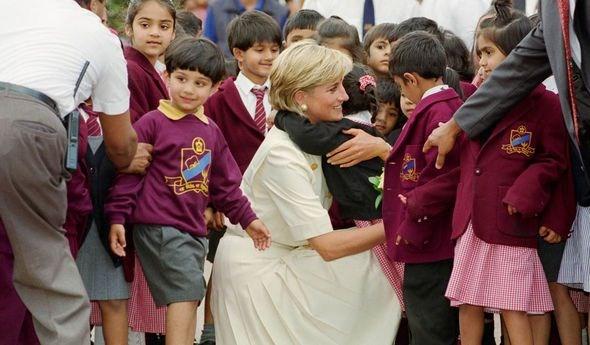 Kate Middleton, Prenses Diana, İngiltere, Okul, Sağlık, Moda, Yaşam, Dünya
