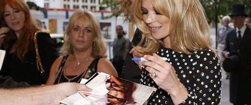 Kate Moss yemek kitabı çıkarıyor