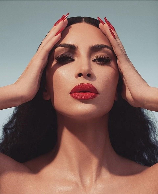 Kim Kardashiandan Ruj Tanıtımı Ntv