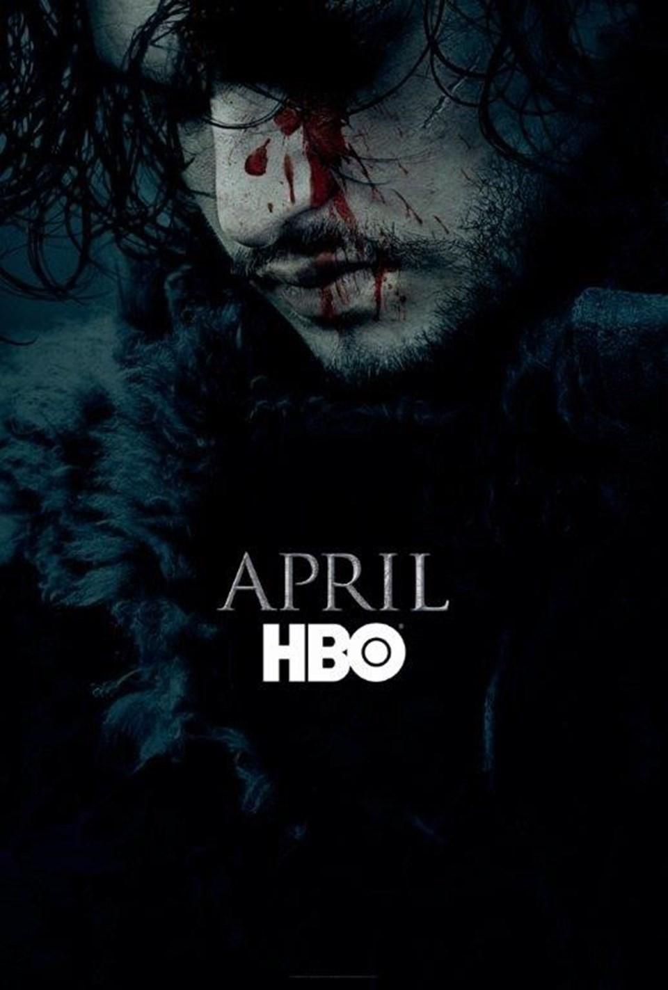 """HBO'nun dizisinin yeni sezon posterinde Jon Snow'a yer vermesikafaları bir kez daha karıştırmış, Game Of Thrones hayranları, olayı """"Jon Snow'un yaşadığı"""" şeklinde yorumlamıştı."""