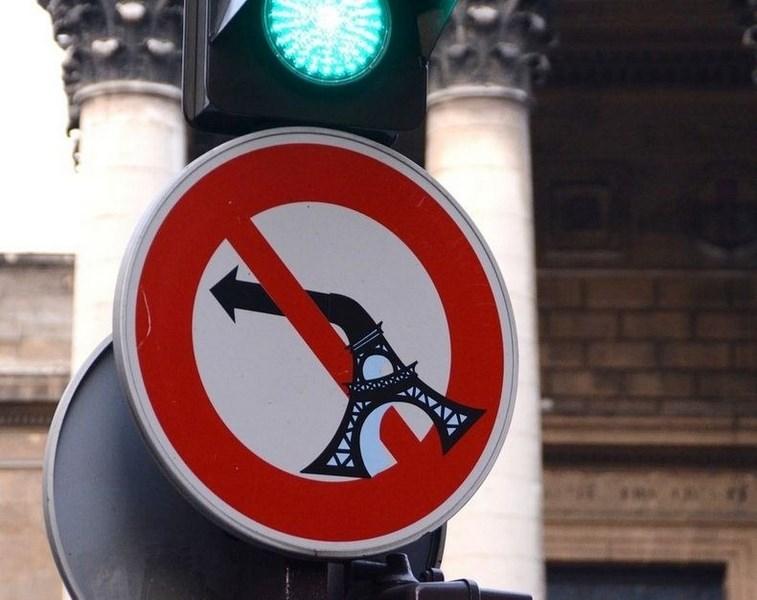 'Konuşan' trafik tabelaları