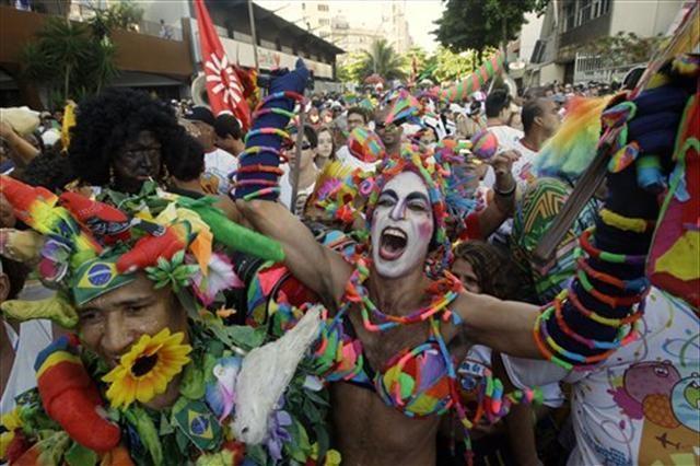 Krize rağmen Rio Karnavalı