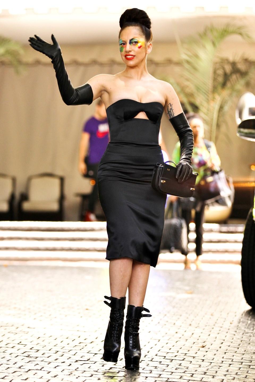 ba11cf0f823c3 Lady Gaga'nın en çılgın kıyafetleri - 1   NTV