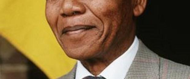 Mandela önsöz yazdığını yalanladı