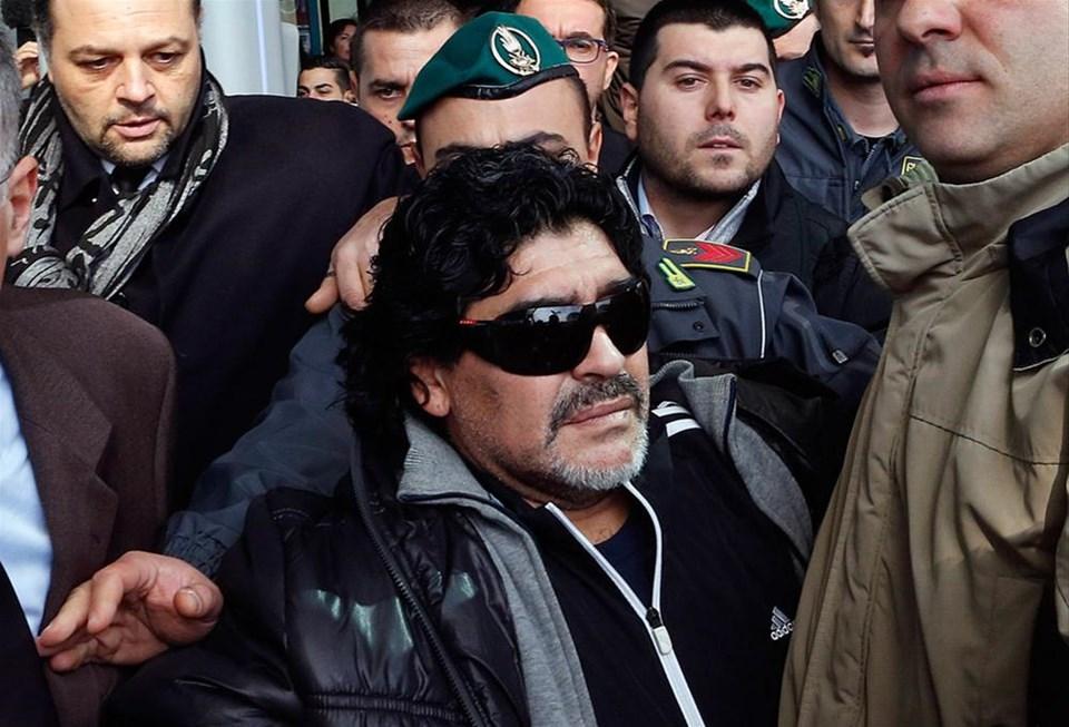 Maradona adını temize çıkarmak için İtalya'da