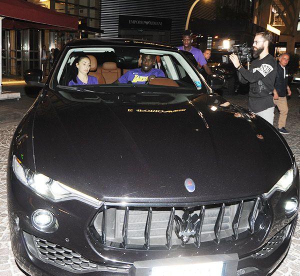 Mbaye Diagne'nin otomobil tercihi Maserati (Ünlüler ve otomobilleri)