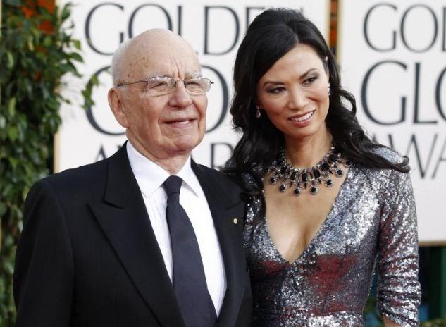 Murdoch, son eşi Wendi Deng'den 2yıl önce boşanmıştı. Deng'in İngiltere Başbakanı Tony Blair ile olan yasak ilişkisi İngiliz basınına günlerce manşet olmuştu...