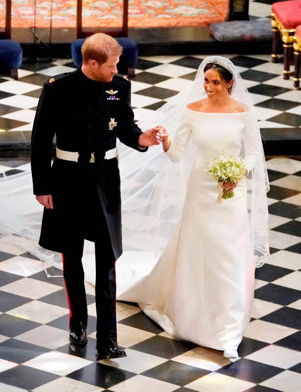 Meghan Markle, Kraliyet düğünü, gelinlik