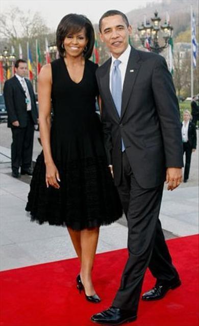 Michelle Obama'nın Avrupa şıklığı
