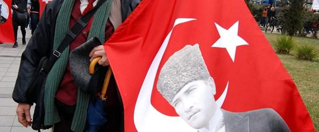 'Mustafa Kemal'in askerleriyiz'