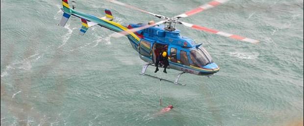 Niagara'dan atlamasına rağmen kurtuldu