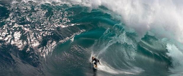 Ölen sörfçüye arkadaşlarından duygusal veda