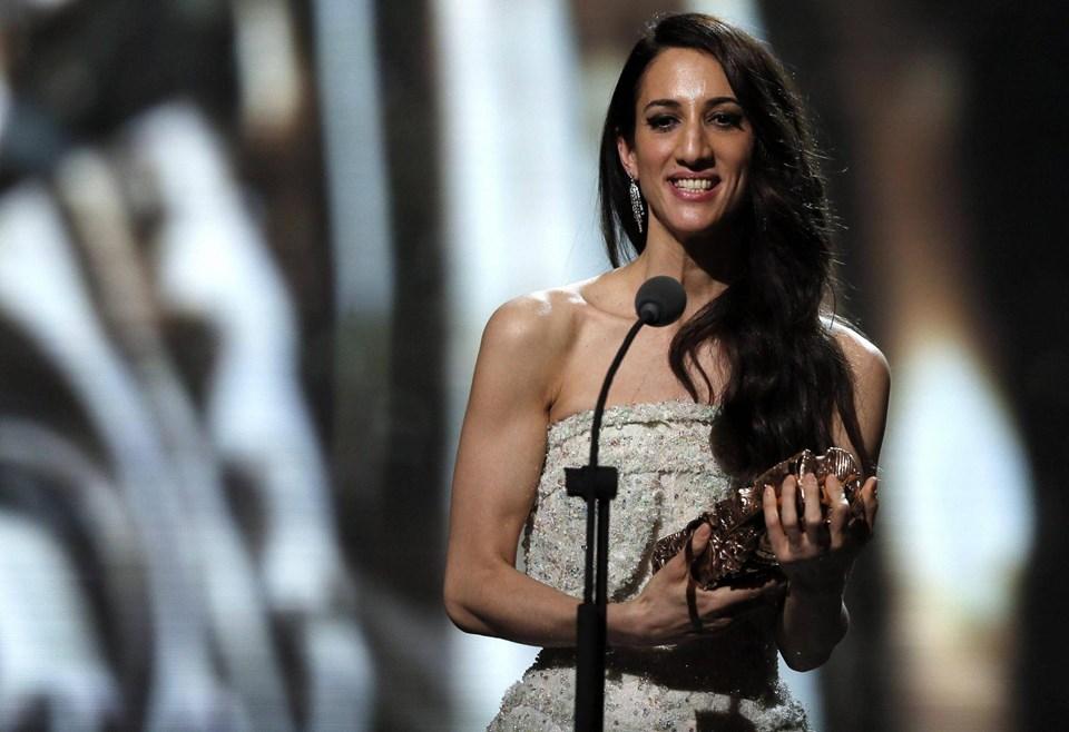 Ergüven, ilk uzun metrajlı filmi olan 'Mustang' ile yurtdışında birçok ödül kazandı.