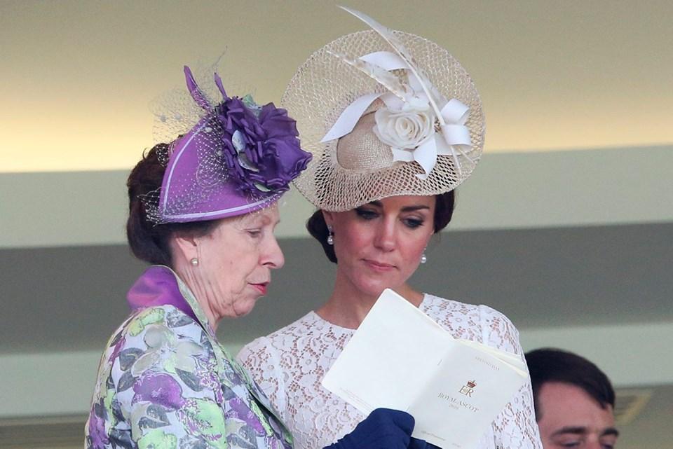 Prense Anne, Kate Middleton, İngiltere, Moda, Yaşam, Magazin