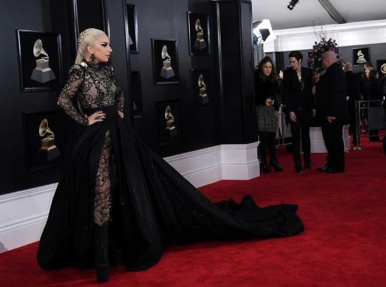 2018 Grammy Ödül Töreni, Grammy Ödül töreni kırmızı halı, stil, elbise, 60 Grammy ödülleri