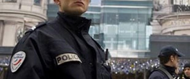 Şarapsız kalan polis öfkeli