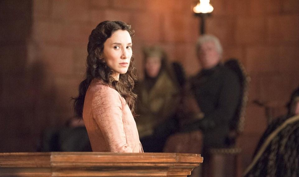 Sibel Kekilli, Game of Thrones dizisinin 3'üncü sezonunda Shae karakterine hayat verdi.