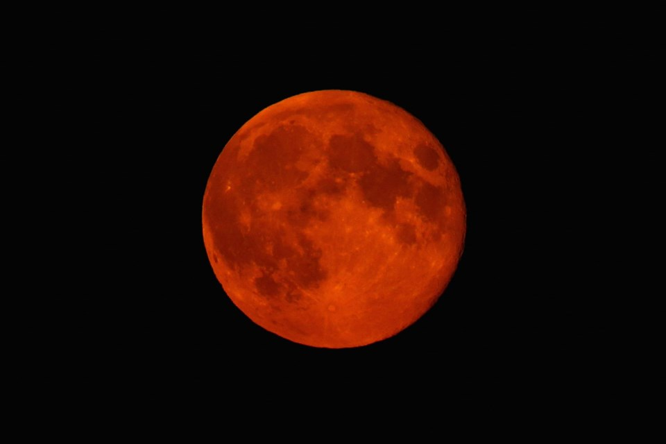 Süper Kanlı Kurt Ay tutulması ne nedir, Süper Kanlı Kurt Ay tutulması ne zaman gerçekleşecek, Süper Kanlı Kurt Ay tutulması hakkında bilmeniz gerekenler,