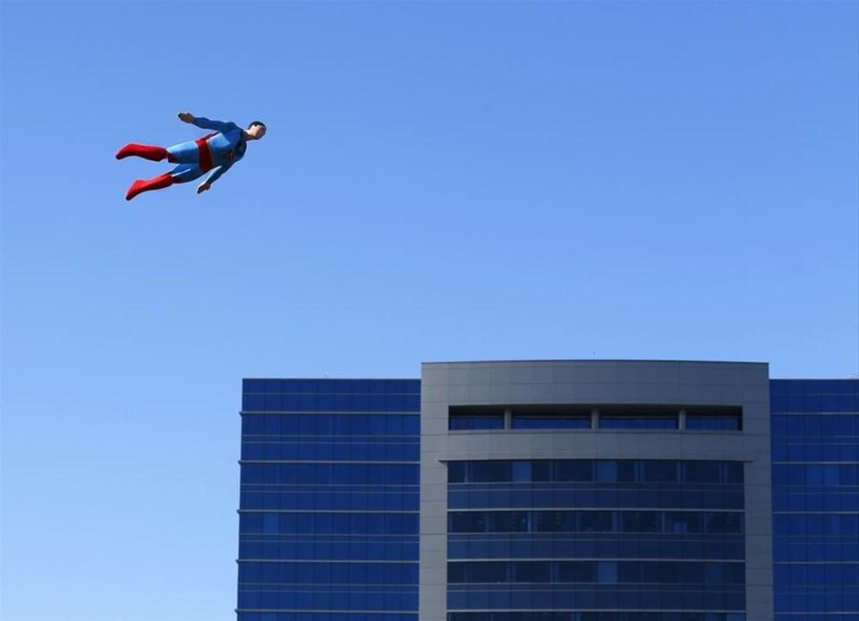 Superman geri döndü
