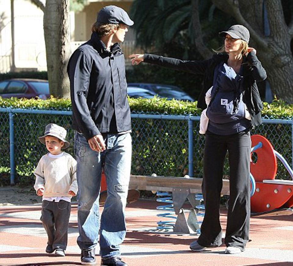 Gisele Budchen eşi Tom Brady ve çocukları ile beraber