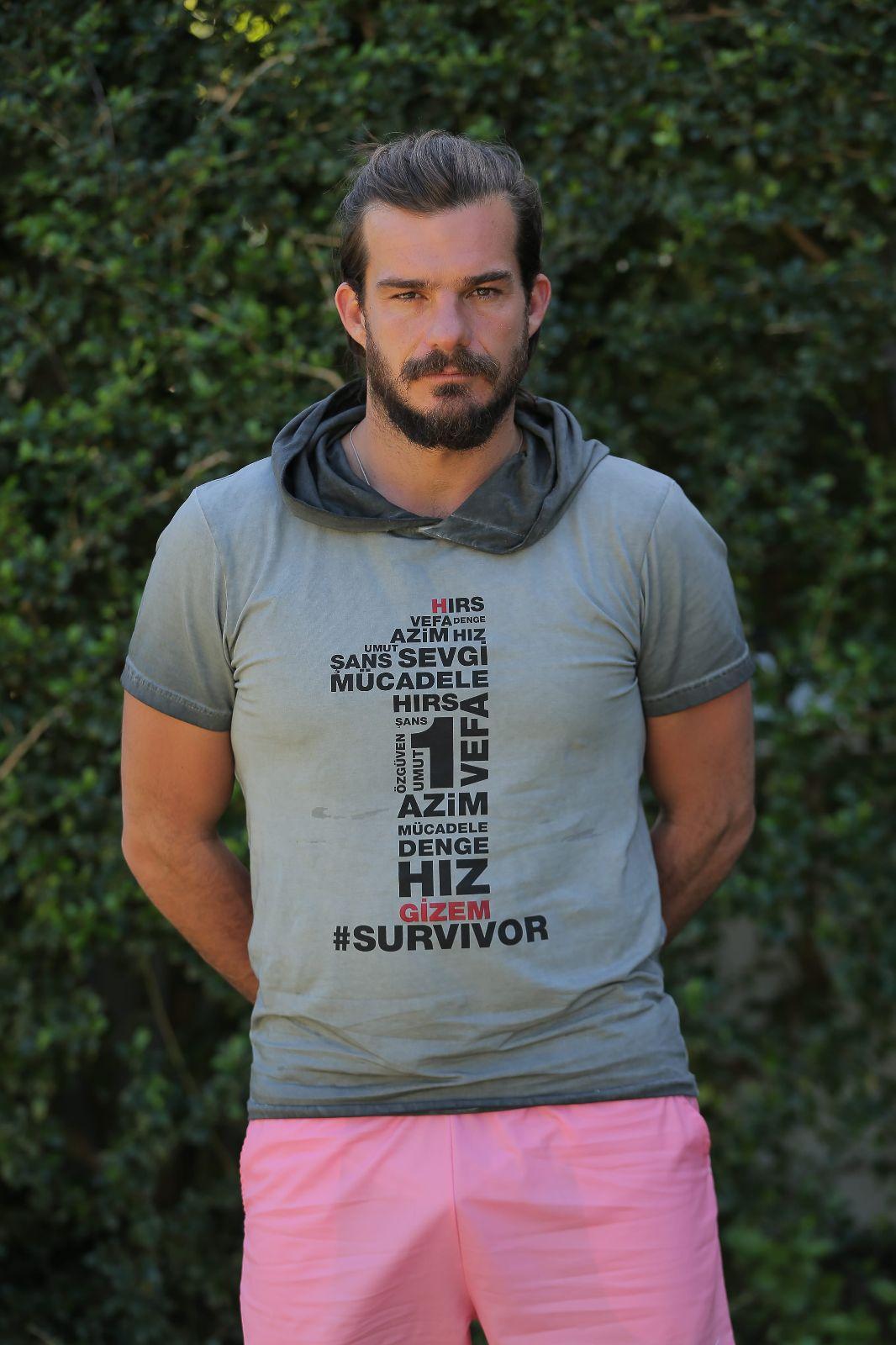 Survivor Marcus kimdir Aslen nerelidir ve kaç yaşındadır