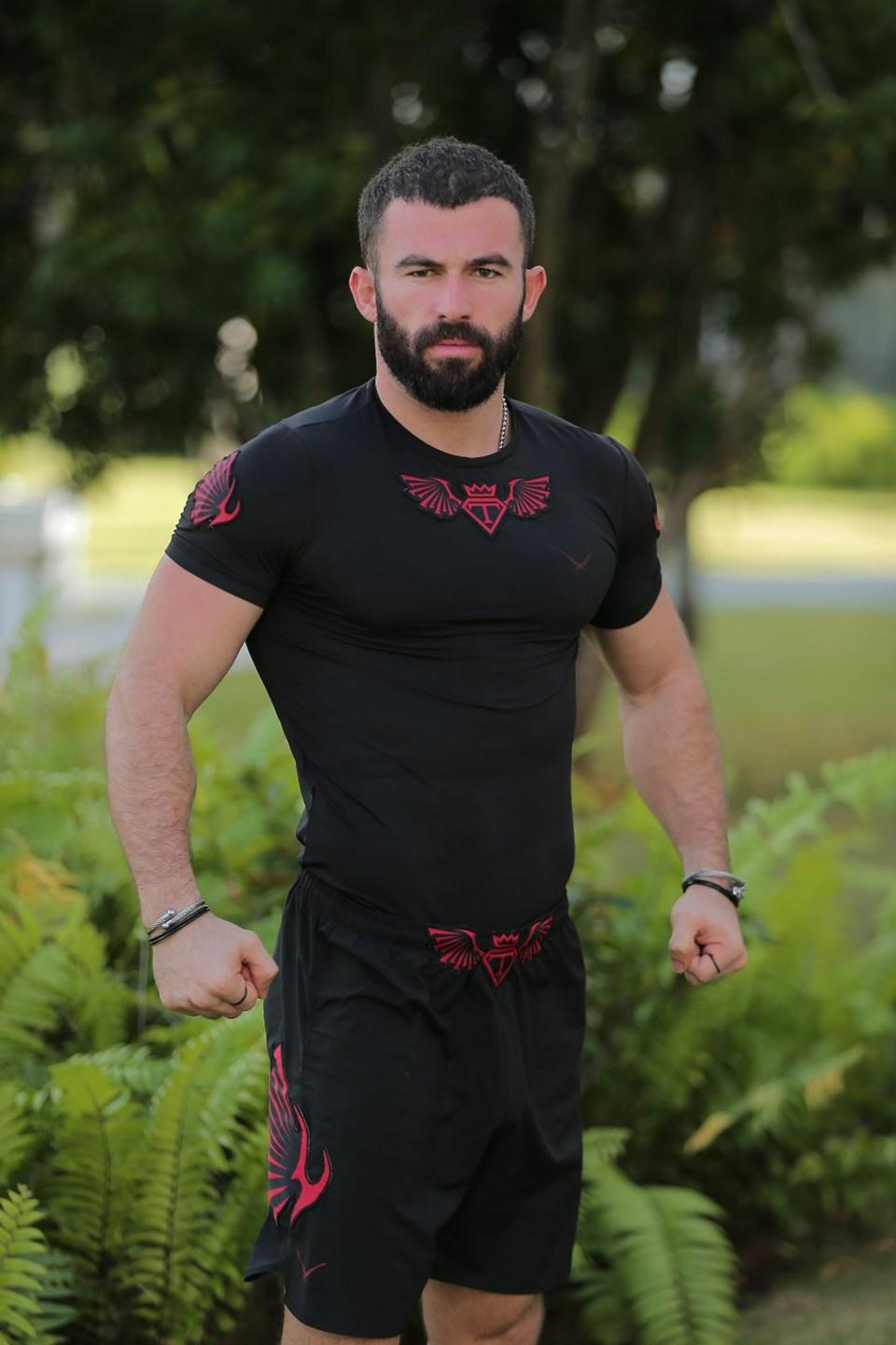 survivor 2018 turabi